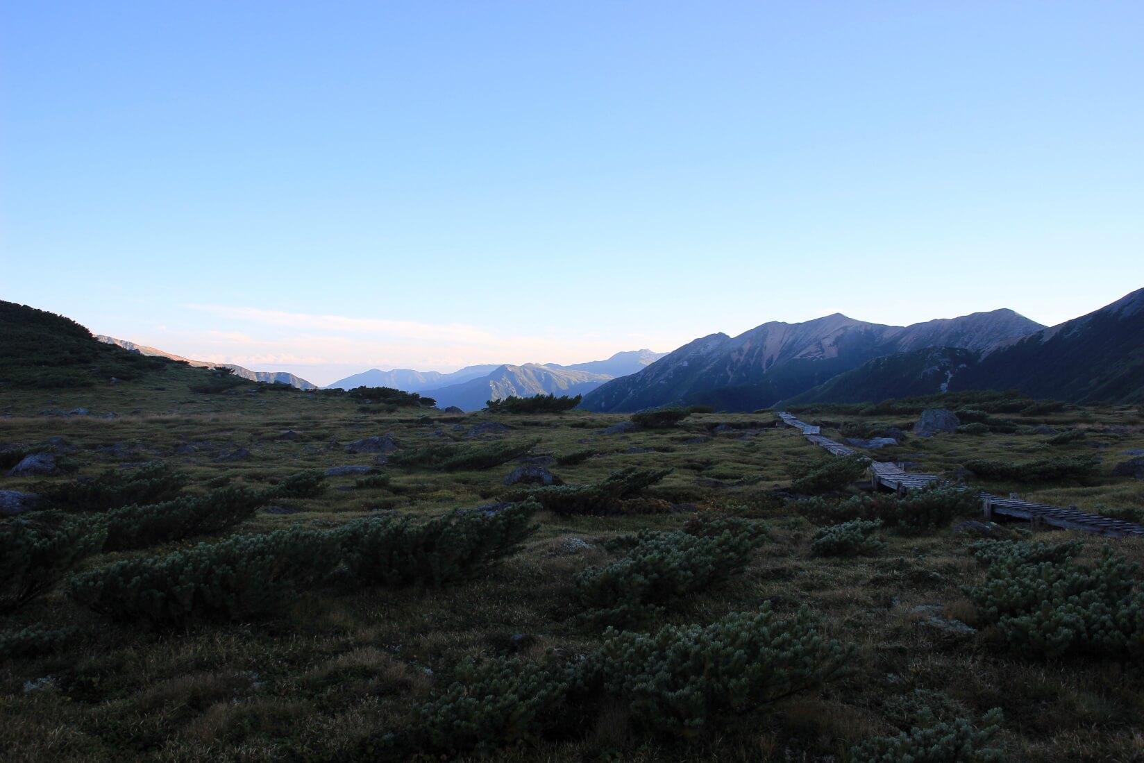 早朝の雲ノ平