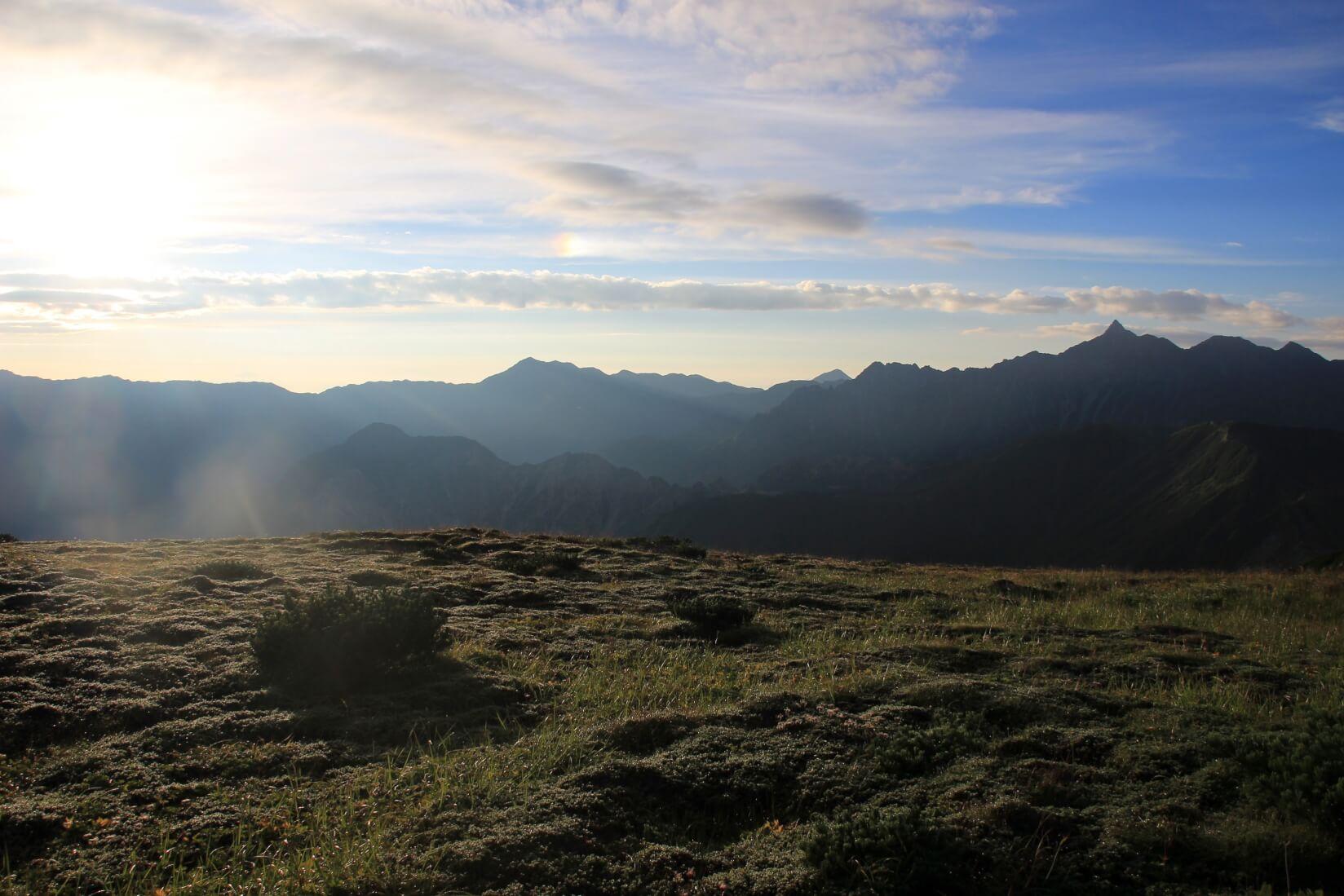 双六岳山頂付近より槍ヶ岳