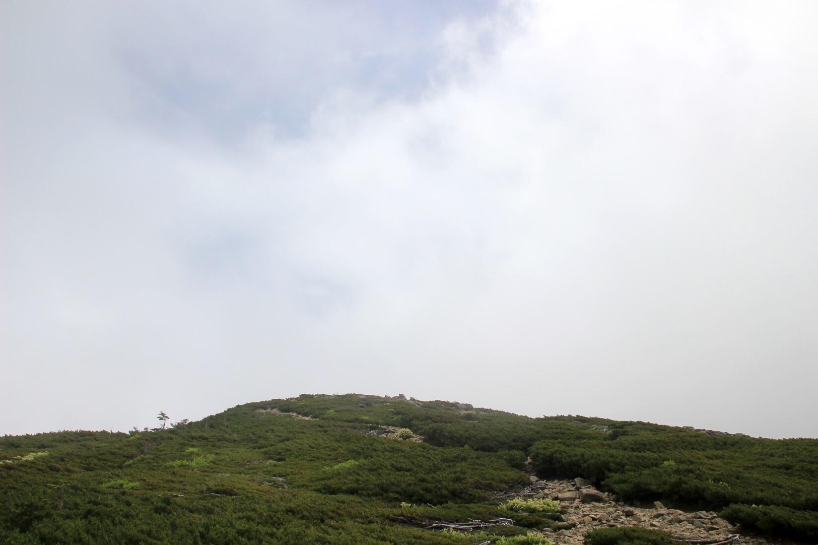 蝶ヶ岳の稜線