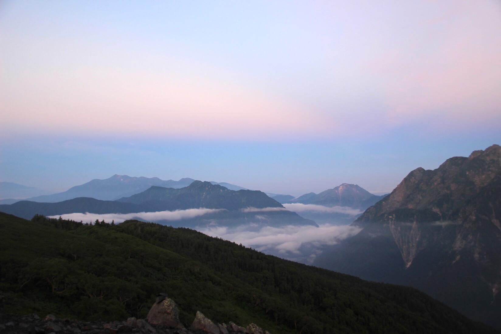 蝶ヶ岳から霞沢岳、焼岳、乗鞍岳