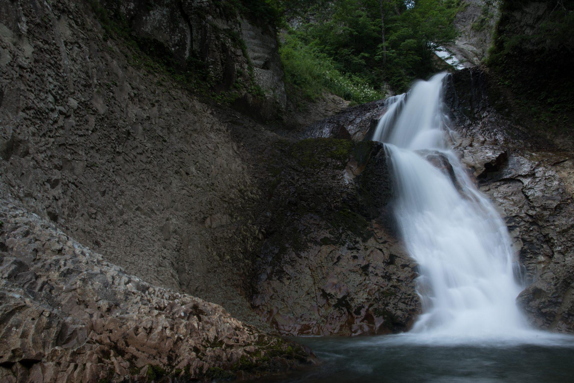 青森の秘瀑 松見の滝